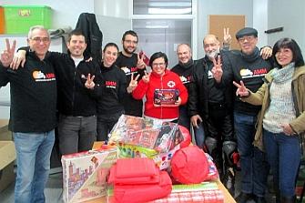 Los voluntarios de la AMM ayudan a los Reyes Magos