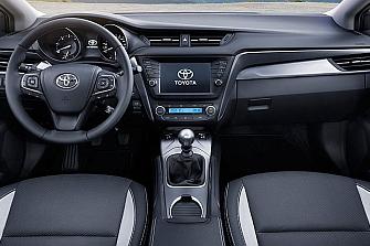Fallo del airbag de los Toyota Avensis y Verso