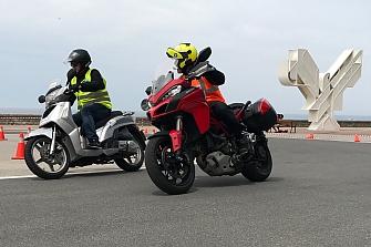 Cursos de Conducción Moto Especial 15 Aniversario ProAction - 2017