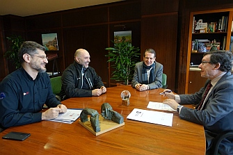 Vigo sigue trabajando por la seguridad de los motoristas  y la promoción de la moto