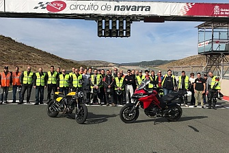Finalizamos el Curso en el Circuito de Navarra con lleno total