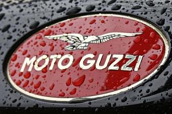 Moto Guzzi llama a revisión a las V85TT por una fuga de aceite