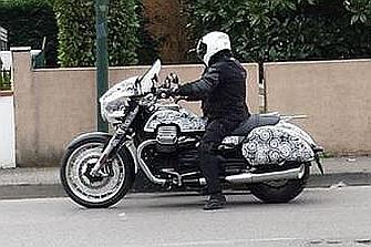 Fotos Espía: Moto Guzzi California