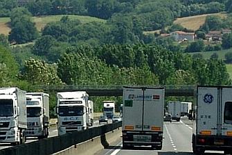 Habilitado el desvío voluntario de camiones a las autopistas de peaje