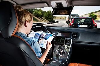 Un tercio de los conductores desconfía del coche autónomo