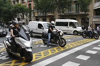 Proponen zonas adelantadas en los semáforos de Tarragona