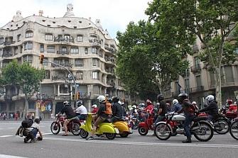 Haz buen uso de la vía: ¡Conduce una moto!