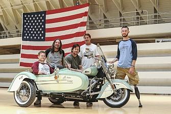 Mototerapia de Indian Motorcycles con los veteranos de guerra
