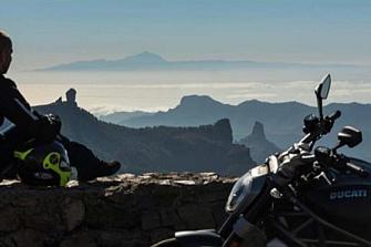 """Turismo en moto por Gran Canaria: """"El mundo en una isla"""""""