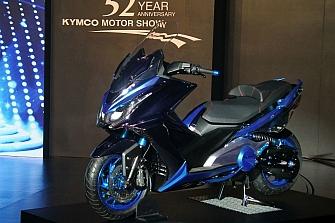 El nuevo Kymco AK 550 debutará en INTERMOT 2017