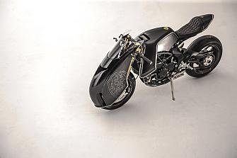 Motos de Autor: Brutale 800 RR `Ballistic Trident´ por Winston Yeh