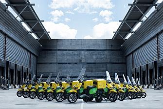 Correos incorpora 2 nuevas scooter eléctricas