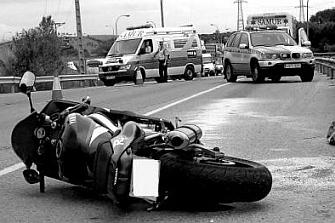 Detienen en Vigo a una mujer que chocó con un motorista