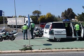 Detienen a dos ladrones de motos