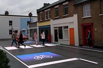 Señales interactivas muestran el camino a los peatones