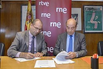RNE y FESVIAL promocionarán la seguridad vial
