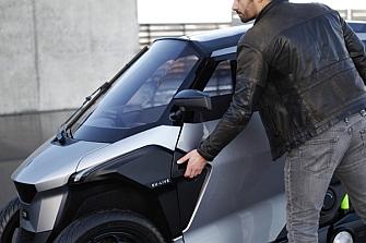 Peugeot PHEV: ¿scooter o automóvil?