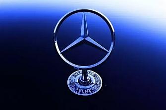 Riesgo de despliegue del airbag en varios modelos Mercedes-Benz
