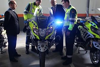 16 Nuevas motos para la Guardia Civil de Aragón