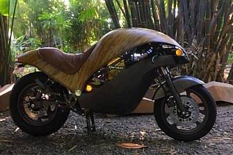 Banatti Green Falcon, la moto con carrocería de bambú