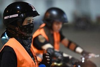 Arabia Saudita permitirá a las mujeres conducir motos