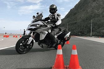 Ducati Madrid, en colaboración con DGT y AMM, regala cursos de conducción segura