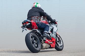 Fotos Espía: Ducati Panigale 959 2020