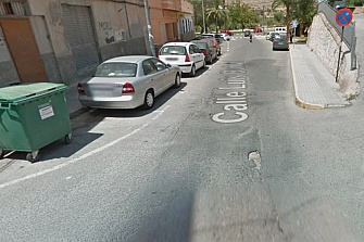 Incendian dos motos en Alicante