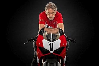 Ducati celebra el 25 Aniversario de la 916 con una edición especial de la Panigale