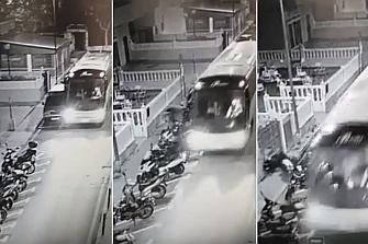 Atropella varias motos con un autobús robado