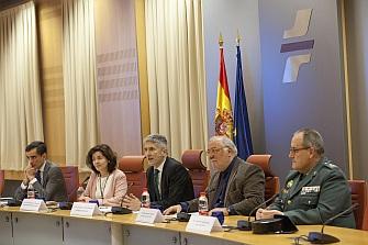 España logra el mínimo histórico de fallecidos en carretera