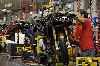 ACEM pide proteger los 300 mil empleos del sector de la moto