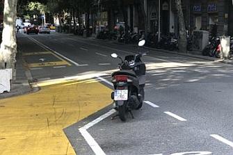 Los nuevos carriles bici de Barcelona son objeto de polémica