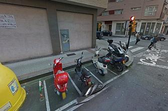Las motos no pagarán por aparcar en Gijón
