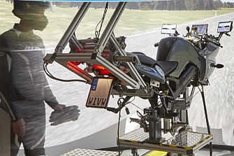 La CMC lanza el protocolo C-ITS de comunicación para motocicletas