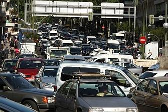 Cada día una persona muere por motivos relacionados con el tráfico en las ciudades