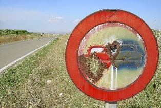 El Heraldo de Aragón habla de la señalización de las carreteras secundarias