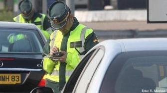 Propuesta parlamentaria para que no se castigue a los agentes por no multar