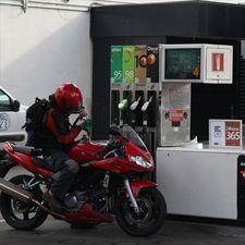 Tráfico prepara una orden para regular el paso del carné de motos A2 a A