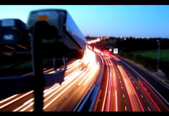 La DGT y Automovilistas Europeos discrepan sobre cuándo reintegrar los puntos