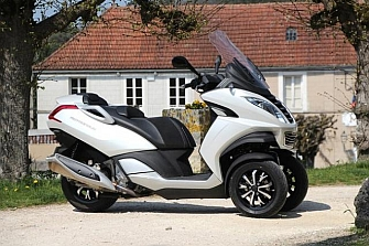 ¿Peugeot Scooter pasa a Mahindra?