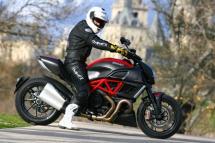 Prueba Ducati Diavel